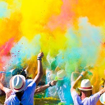 fête des couleurs à carthagène